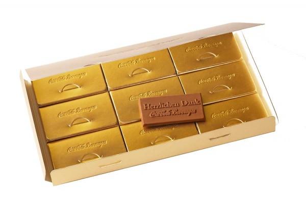 Custom chocolate box of 9 Deluxe